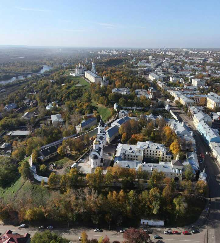 Владимирский кремль (Рождественский монастырь города Владимира) фото с высоты птичьего полета