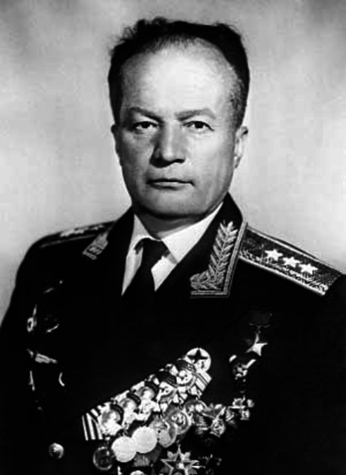 герои летчики москва: